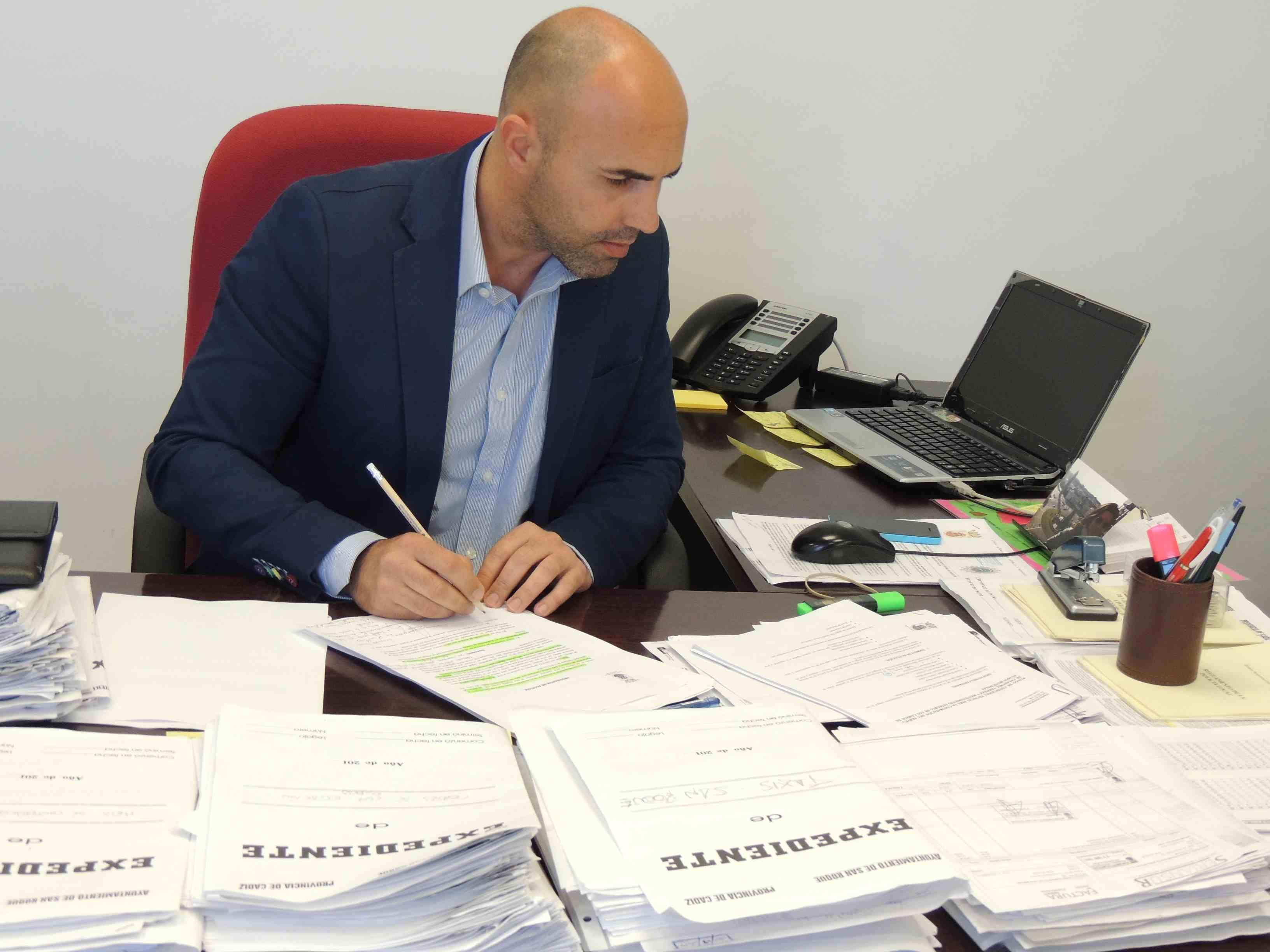 Emroque colabora con la Junta en la tramitación de ayudas ...