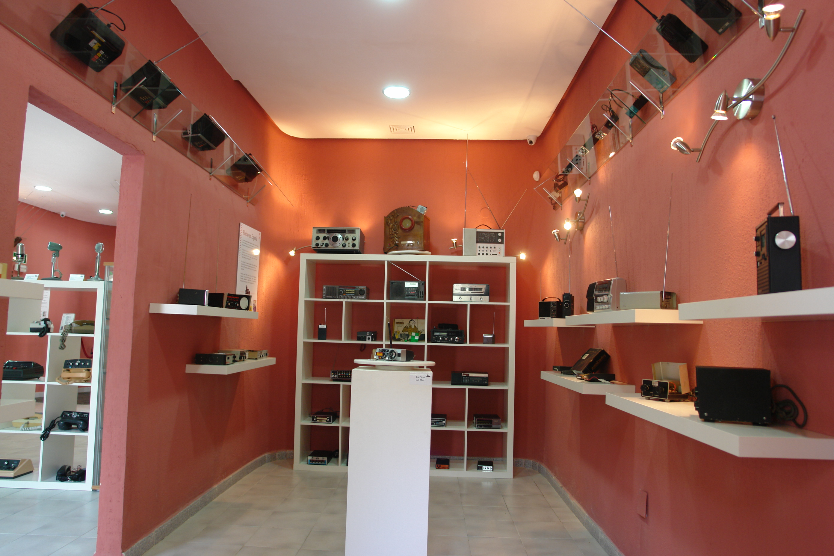 Renovadas las piezas expuestas en museo cb san roque for 1500 salon alameda